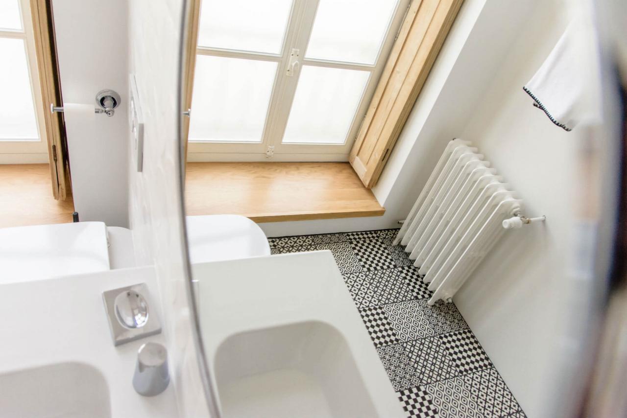douche à l'italienne chambre d'hôtes de charme vintage grand lit king size charente maritme