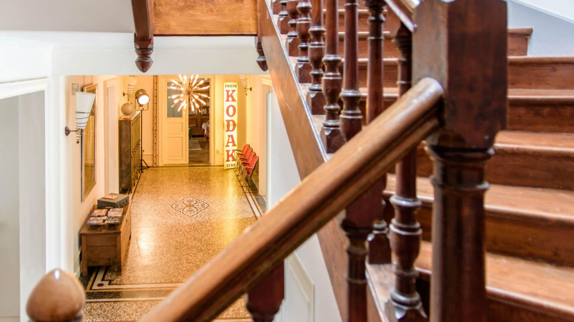 Hall d'entrée décoration chambres d'hôtes l'Esprit du 8 Rochefort