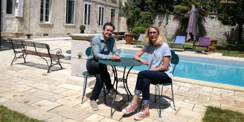 Pascal et Sandrine Gravier ouvriront leur maison à ceux qui s'inscriront à la visite « Hôtels particuliers du XIXe siècle », proposé par le musée Hèbre. PHOTOS K. C.