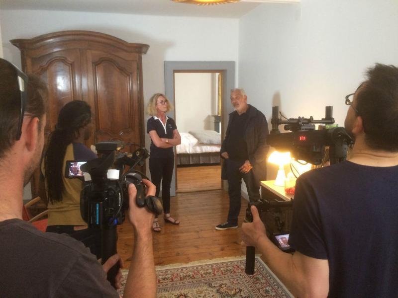 Interview de Stéphane Thébaut par Vogue Radio à L'Esprit du 8, chambres d'hôtes à Rochefort sur mer.