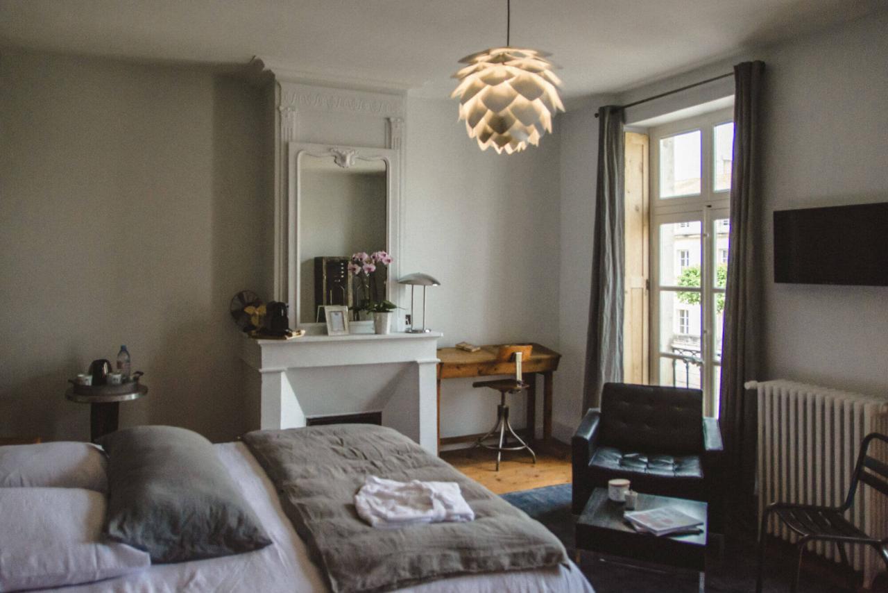 chambre d'hôtes de charme brocante grand lit king size charente maritme